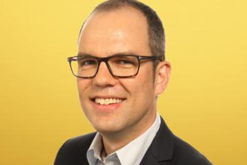 Frank Vannetelboach duwt